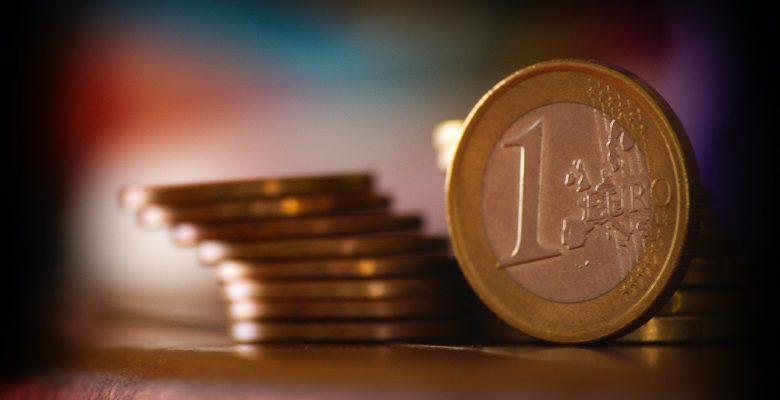 Pile de pièces de 1 euro